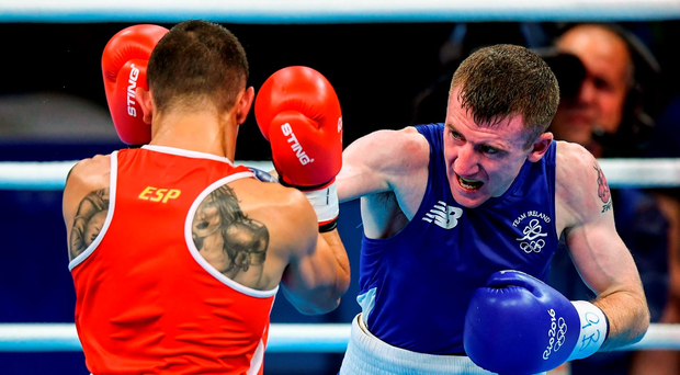 Paddy Barnes of Ireland in action against Samuel Carmona Heredia of Spain. Photo by Stephen McCarthy/Sportsfile