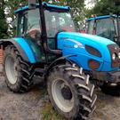 This 2005 registered Landini 95 Vision with 3,300 hours on the clock sold for €20,000