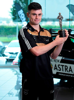 Michael Quinlivan with the Opel Player of the Month award for July. Photo: Matt Browne/Sportsfile