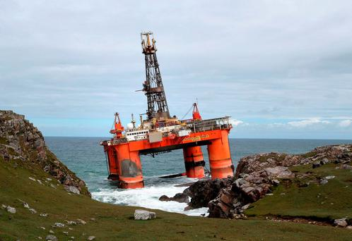 The Transocean Winner drilling rig after it ran aground on the beach of Dalmore in the Carloway area of the Isle of Lewis. Photo: Andrew Milligan/PA Wire