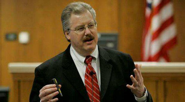 Calumet County prosecutor Ken Kratz led the cases against Avery and Mr Dassey