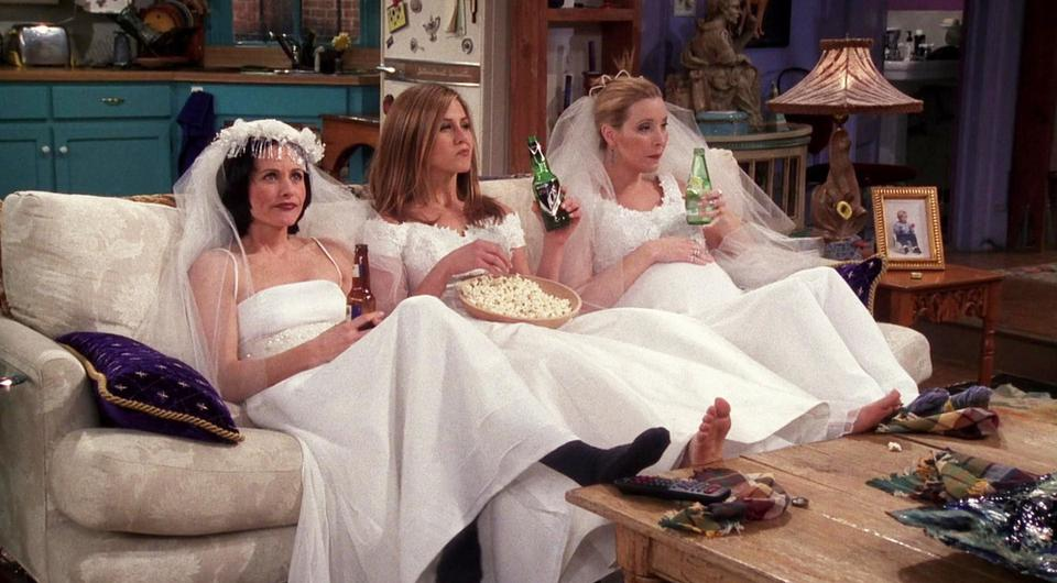 Courtney Cox, Lisa Kudrow and Jennifer Aniston in a scene from Friends