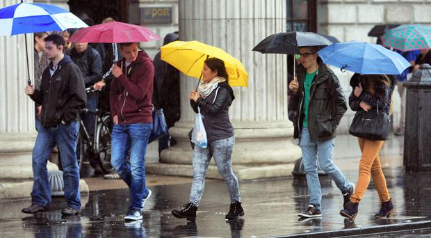 Yellow weather warning in place for weekend as heavy showers and 90km/h gusts forecast