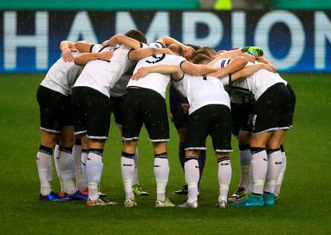 Dundalk give Legia Warsaw scare before exiting Champions League