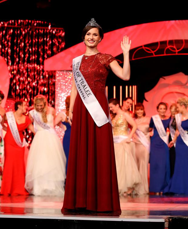 Chicago Rose Maggie McEldowney who was announced as winner of the 2016 International rose of Tralee, pictured celebrating on stage at the Dome in Tralee. Photo:Frank Mc Grath