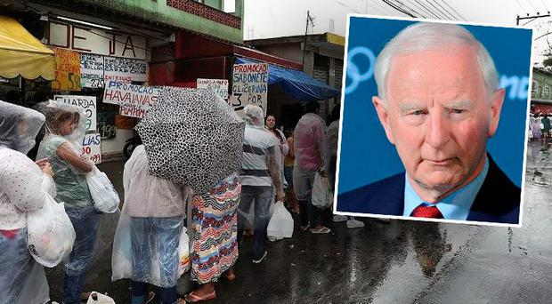 The queue of visitors for Bangu prison (inset: Pat Hickey)