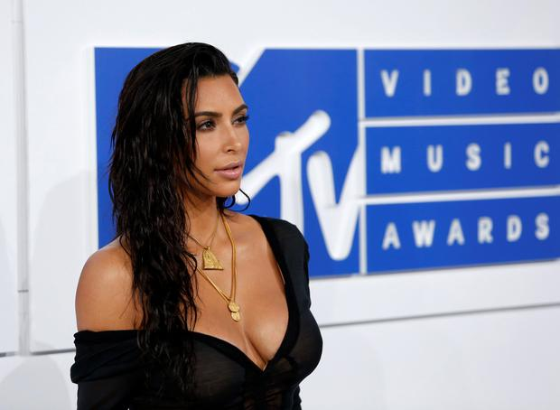 Kim Kardashian arrives at the 2016 MTV Video Music Awards in New York, U.S., August 28, 2016. REUTERS/Eduardo Munoz