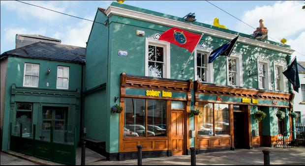 Located within walking distance of 'Google Town', the Aviva stadium and Sandymount village, the pub is set to be refashioned as a gastropub with an emphasis on high-quality food, craft beer and spirits.