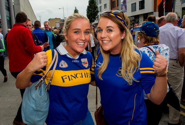 Danielle and Niamh Slattery get ready for the game. Photo: Doug O'Connor