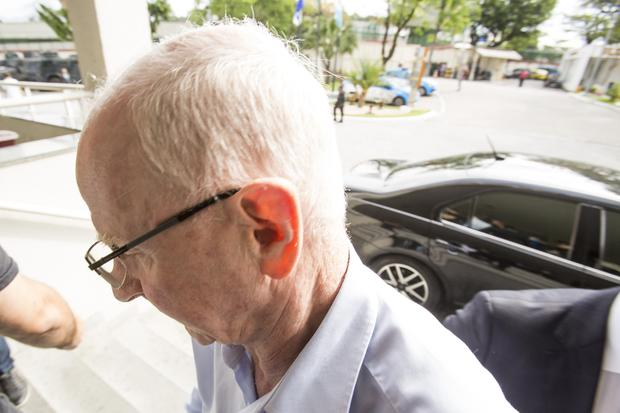 Former OCI president Patrick Hickey arrives at Civil Police headquarters in Rio de Janeiro for questioning by detectives on 6 September, 2016