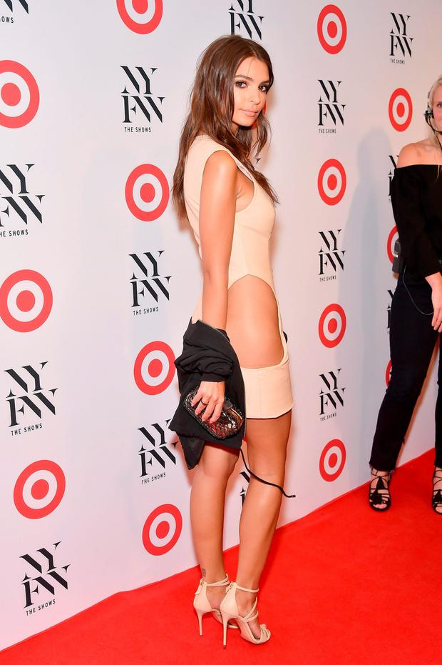 Actress Emily Ratajkowski attends Target + IMG's NYFW kickoff at The Park at Moynihan Station on September 6, 2017 in New York City. (Photo by Mike Coppola/Getty Images)