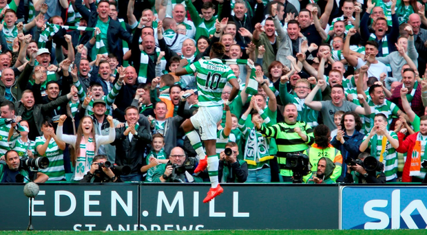 Celtic's Moussa Dembele celebrates scoring his side's fourth goal of the game during the Ladbrokes Scottish Premiership match at Celtic Park, Glasgow. PRESS ASSOCIATION Photo. Picture date: Saturday September 10, 2016. See PA story SOCCER Celtic. Photo credit should read: Andrew Milligan/PA Wire. EDITORIAL USE ONLY