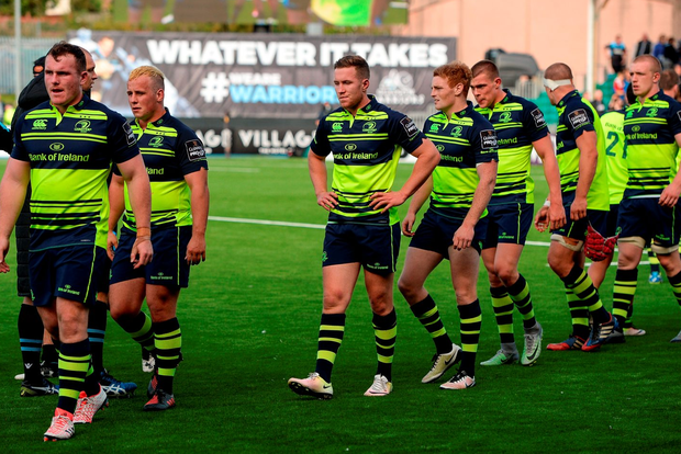 Dejected Leinster players leave the field following their defeat in the Guinness PRO12 Round 2 match. Photo: Seb Daly/Sportsfile