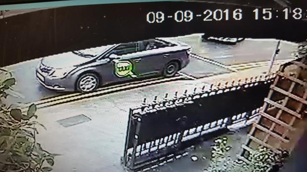 An image of the taxi captured on CCTV outside Becky Morgans in Dublin, in which Joanne lost her engagement ring. The car is missing a hubcap from its rear passenger side