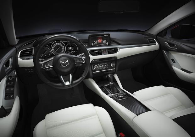 The new Mazda 6 interior