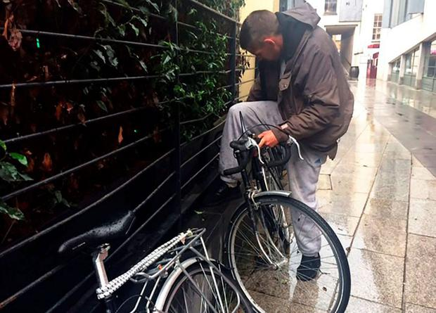 Man tried to cycle away on a still-locked bike in Dublin
