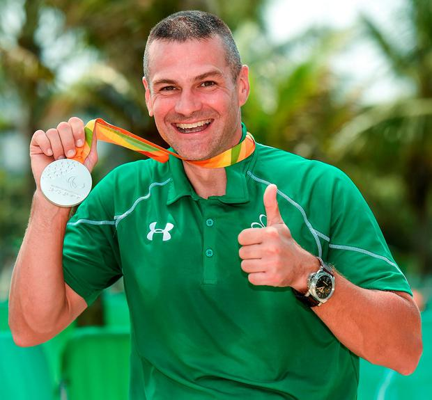 Colin Lynch of Ireland with his silver medal after the Men's Time Trial C2 at the Pontal Cycling Road. Photo by Diarmuid Greene/Sportsfile