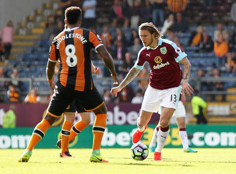 BURNLEY, ENGLAND - SEPTEMBER 10: Burnley's Jeff Hendrick looks to run past Hull City's Tom Huddlestone during the Premier League match between Burnley and Hull City at Turf Moor on September 10, 2016 in Burnley, England. (Photo by Rich Linley/CameraSport via Getty Images)
