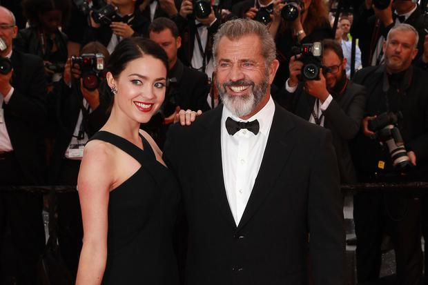 Rosalind Ross, Mel Gibson attend the Closing Ceremony during the 69th annual Cannes Film Festival on May 22, 2016 in Cannes, France. (Photo by Antonio de Moraes Barros Filho/FilmMagic)