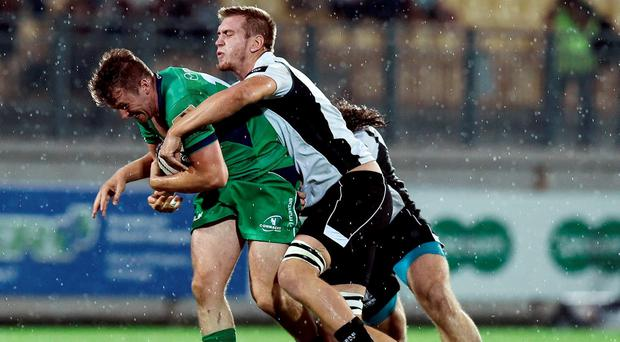 Jack Carty of Connacht in action against Federico Ruzza of Zebre during the Guinness PRO12 Round 3 match at Stadio Sergio Lanfranchi, Parma in Italy. Photo by Daniele Buffa/Sportsfile
