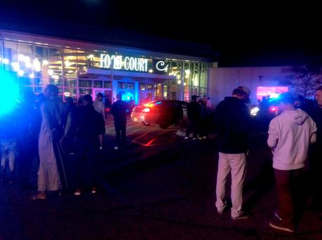 The scene at the Crossroads Center mall in St Cloud, northwest of Minneapolis-St Paul. Photo:Getty Images