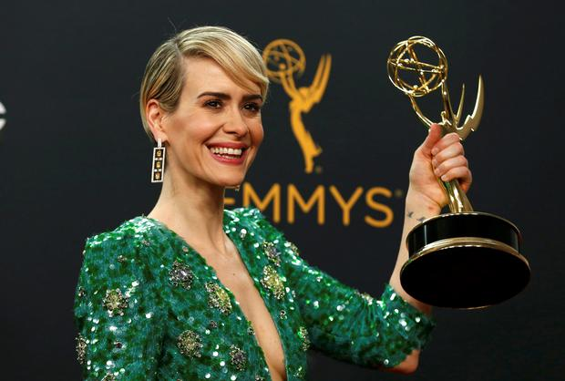 Sarah Paulson poses backstage with her award for Outstanding Lead Actress In A Limited Series Or Movie for