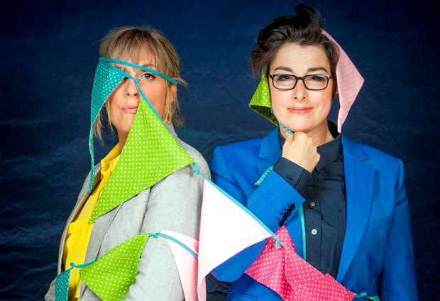 Mel Giedroyc and Sue Perkins. Photographer: Mark Bourdillon