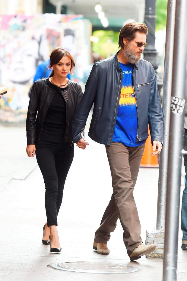 Jim Carrey with Cathriona White in Manhattan in May 2015. Photo: AKM-GSI/Splash News