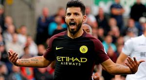 Manchester City's Sergio Aguero celebrates scoring their second goal Action Images via Reuters / Andrew Couldridge