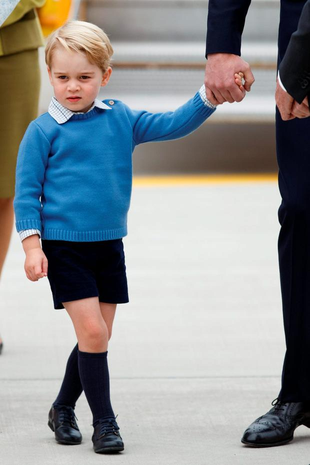 Prince George of Cambridge arrives at 443 Maritime Helicopter Squadron on September 24, 2016 in Victoria, Canada. (Photo by Andrew Chin/Getty Images)