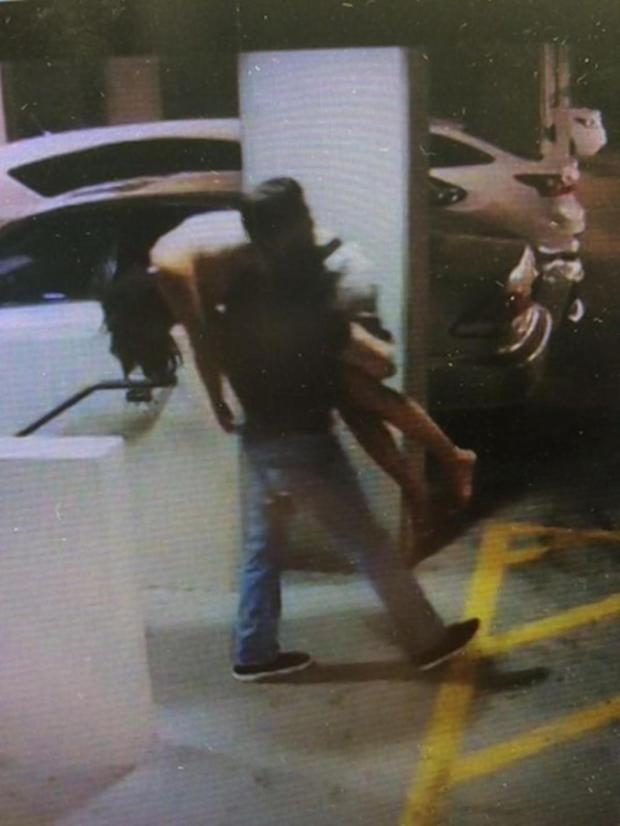 Rodolfo Ramirez, 28, found the victim passed out in a parking lot in Scottsdale, Ariz. (SCOTTSDALE POLICE DEPARTMENT)