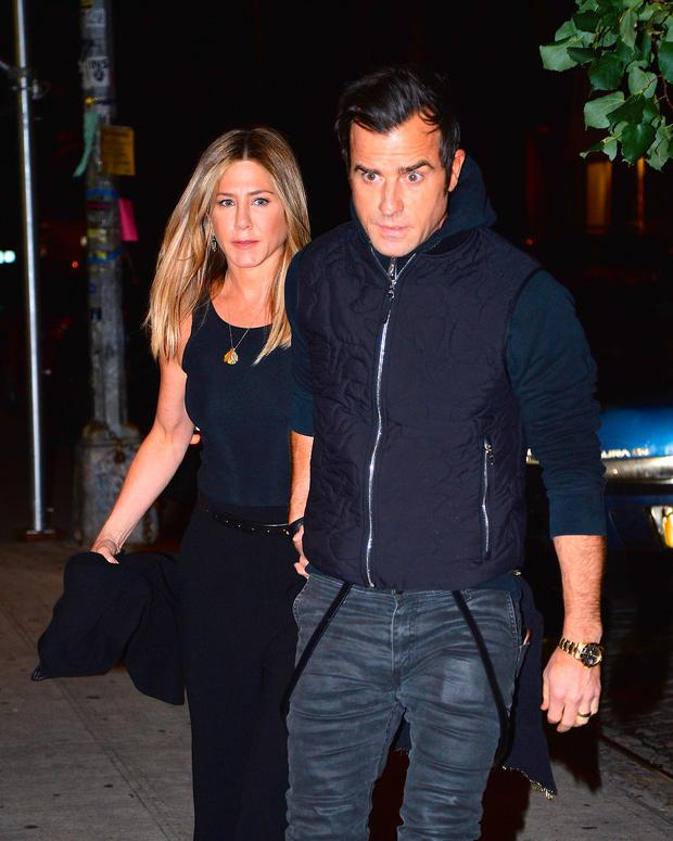 Jennifer Aniston and Justin Theroux step out for dinner in Manhattan on September 24, 2016 in New York City. (Photo by Robert Kamau/GC Images)