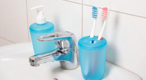 Toothpaste carries a whole range of active ingredients which protect the teeth and gums