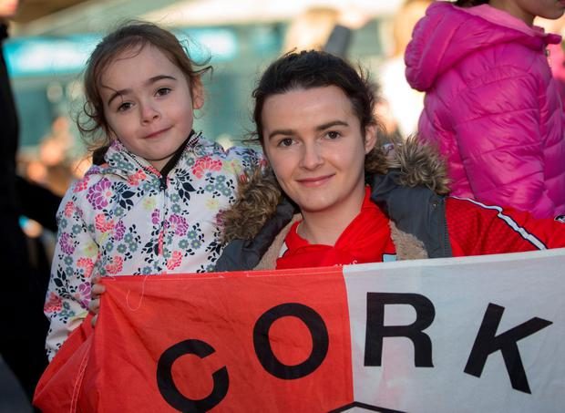 Alanagh Lynch with her sister Roisin (7). Photo: Fergal Phillips