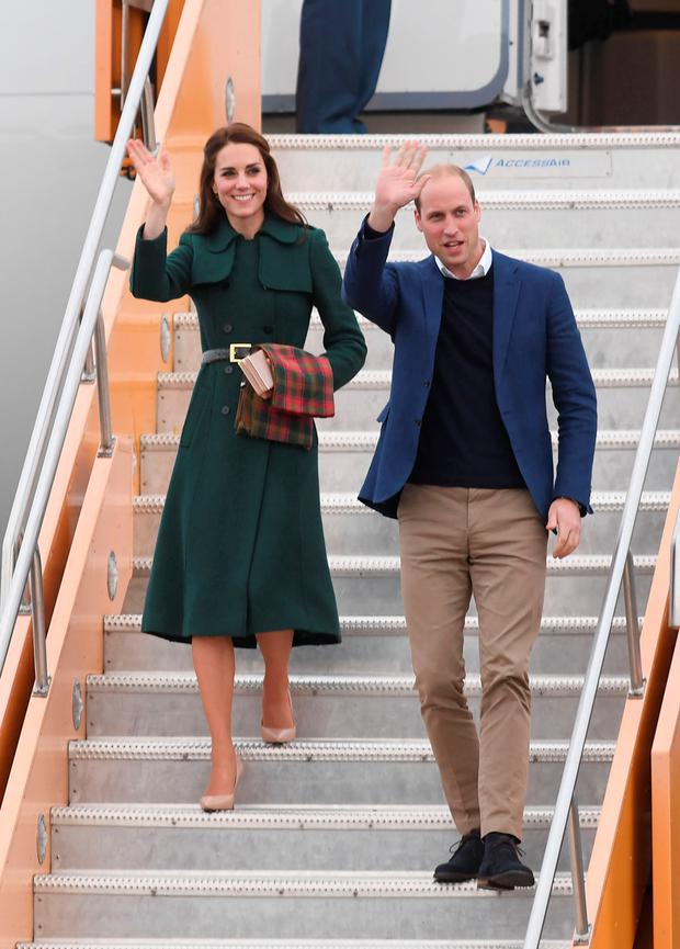 The Duke and Duchess of Cambridge arrive at Whitehorse Airport in Whitehorse, Canada, during the fourth day of the Royal Tour to Canada. Picture date: Tuesday September 27, 2016. See PA story ROYAL Canada. Photo credit: Mark Large/Daily Mail/PA Wire