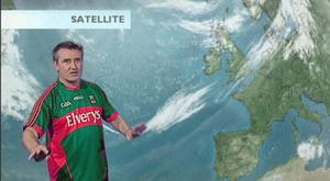 In support of Today FMs Dare to Care campaign, TV3s true blue presenter, Martin King donned a Mayo jersey while delivering the weather forecast