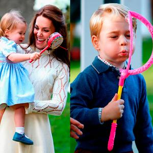 Princess Charlotte and Prince George playing in Canada