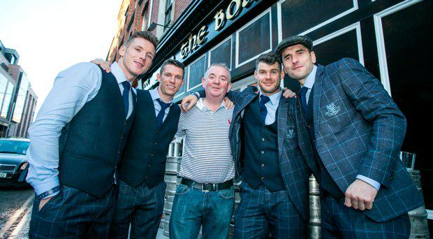 Hugh Hourican from the Boars Head in Capel st with Dublin Players Paul Flynn,Darren Daly,Kevin Mc Menamin and Bernard Brogan