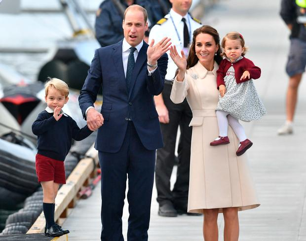 The Duke and Duchess of Cambridge, Prince George and Princess Charlotte attend a ceremony to mark their departure at Victoria Harbour seaplane terminal in Victoria during the Royal Tour of Canada. PRESS ASSOCIATION Photo. Picture date: Saturday October 1, 2016. Photo credit: Dominic Lipinski/PA Wire