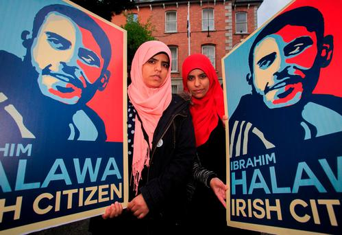Ibrahim Halawa's sisters Fatima and Omaima at a protest at the Egyptian Embassy in Dublin. Photo: Gareth Chaney