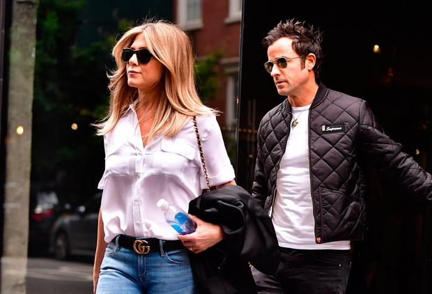 Justin Theroux and Jennifer Aniston seen on the streets of Manhattan on September 28, 2016 in New York City. (Photo by James Devaney/GC Images)