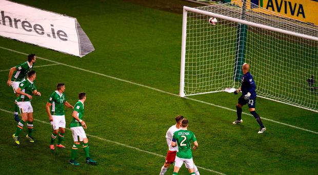 Levan Mchedlidze of Georgia has a header on goal come off the crossbar during the FIFA World Cup Group D Qualifier match between Republic of Ireland and Georgia at Aviva Stadium, Lansdowne Road in Dublin. Photo by Stephen McCarthy/Sportsfile
