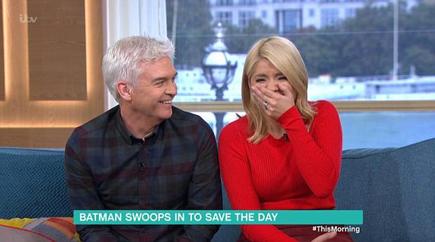 Holly Willoughby and Phillip Schofield broke down into a fit of giggles during This Morning.
