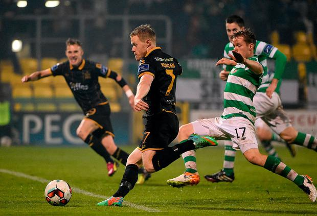 Dundalk's Daryl Horgan in action against Shamrock Rovers' Simon Madden. Photo: David Maher/Sportsfile