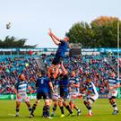 Leinster's Irish lock Devin Toner (C) wins a line out. Photo: Getty