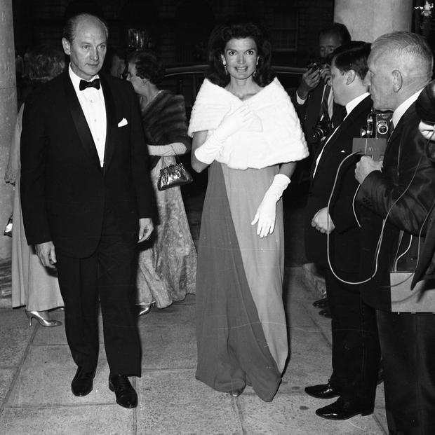 Jacqueline Kennedy's at a state banquet at St. Patrick's Hall, Dublin Castle in 1967. Among the guests were Taoiseach Jack Lynch, left, and his wife Máirín. Picture: Part of the Independent Ireland Newspapers/NLI Collection
