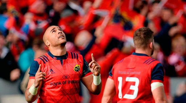 Simon Zebo of Munster gestures towards the sky after scoring his side's third try during the European Rugby Champions Cup Pool 1 Round 2 match between Munster and Glasgow Warriors at Thomond Park in Limerick. Photo by Seb Daly/Sportsfile