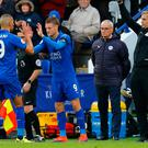 Leicester City's Jamie Vardy comes on as a substitute to replace Islam Slimani as manager Claudio Ranieri looks on