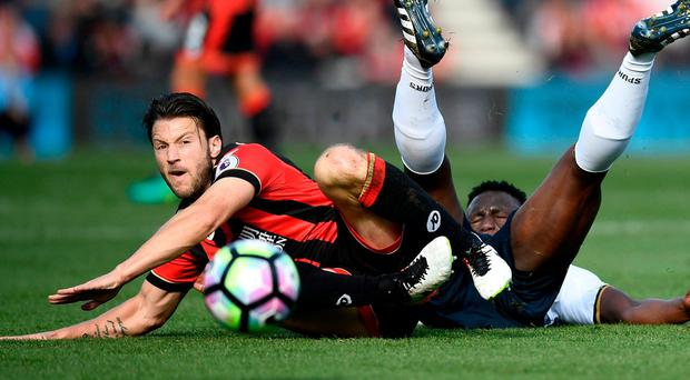 Bournemouth's Harry Arter in action with Tottenham's Victor Wanyama Reuters / Dylan Martinez