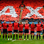 The Munster team observe a minute's silence in memory of the late Munster Rugby head coach Anthony Foley. Photo by Brendan Moran/Sportsfile